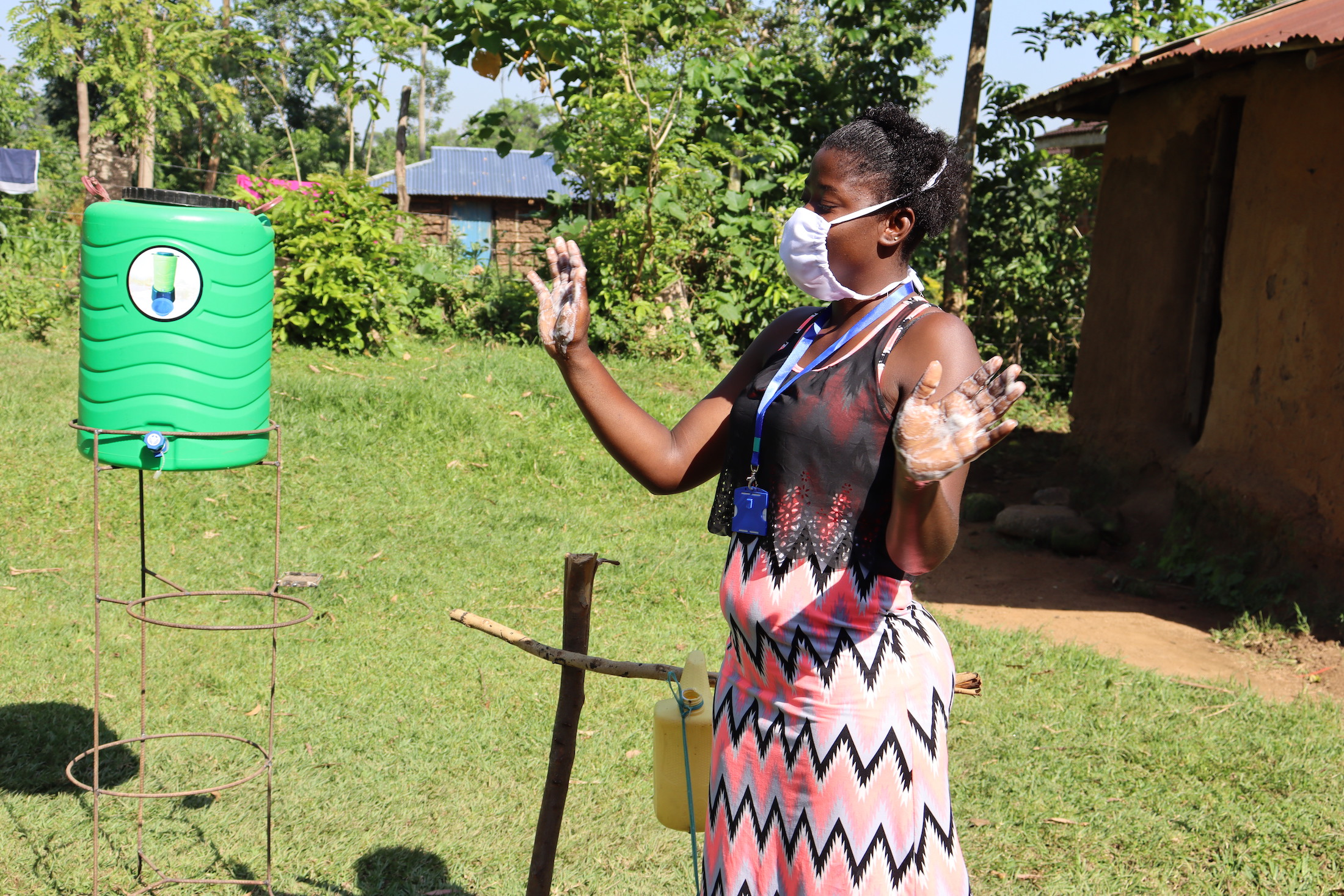 The Water Project : covid19-kenya18107-demonstrating-the-ten-steps-of-handwashing