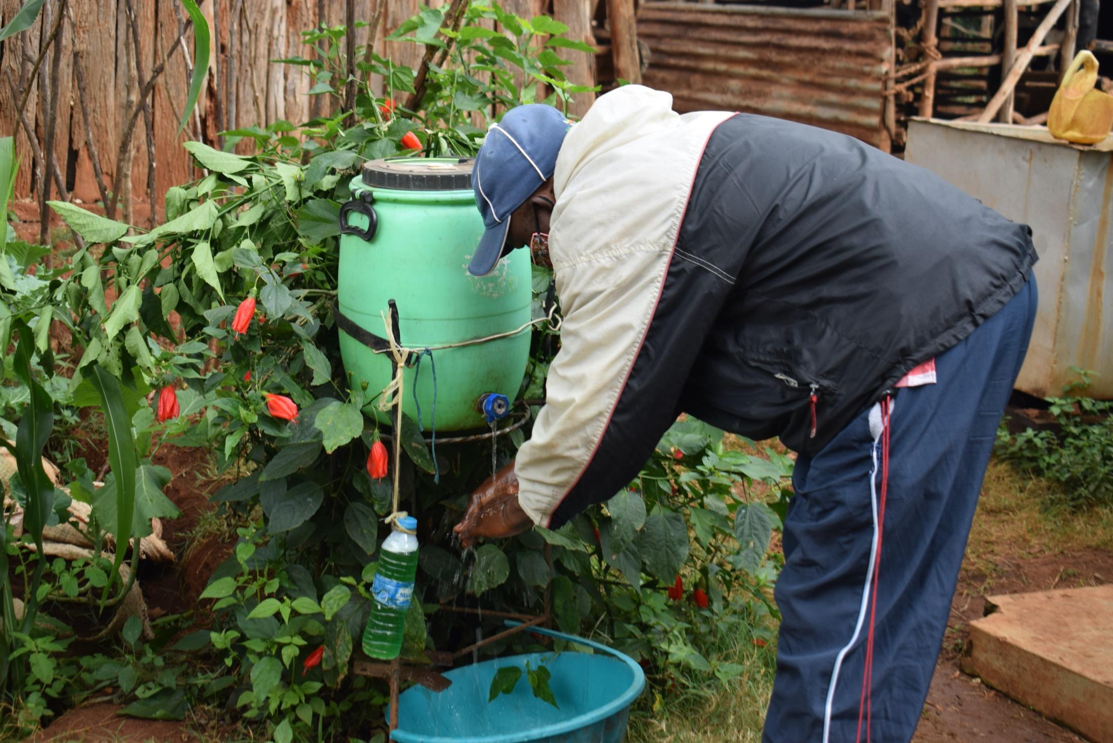 The Water Project : covid19-kenya4456-handwashing-4