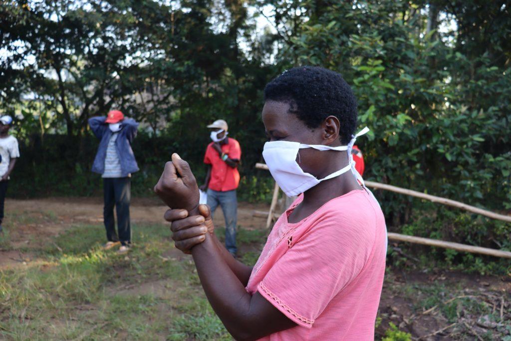 The Water Project : covid19-kenya4565-proper-handwashing