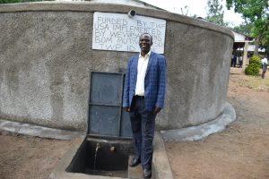 The Water Project:  Headteacher Mr Shogi Odari