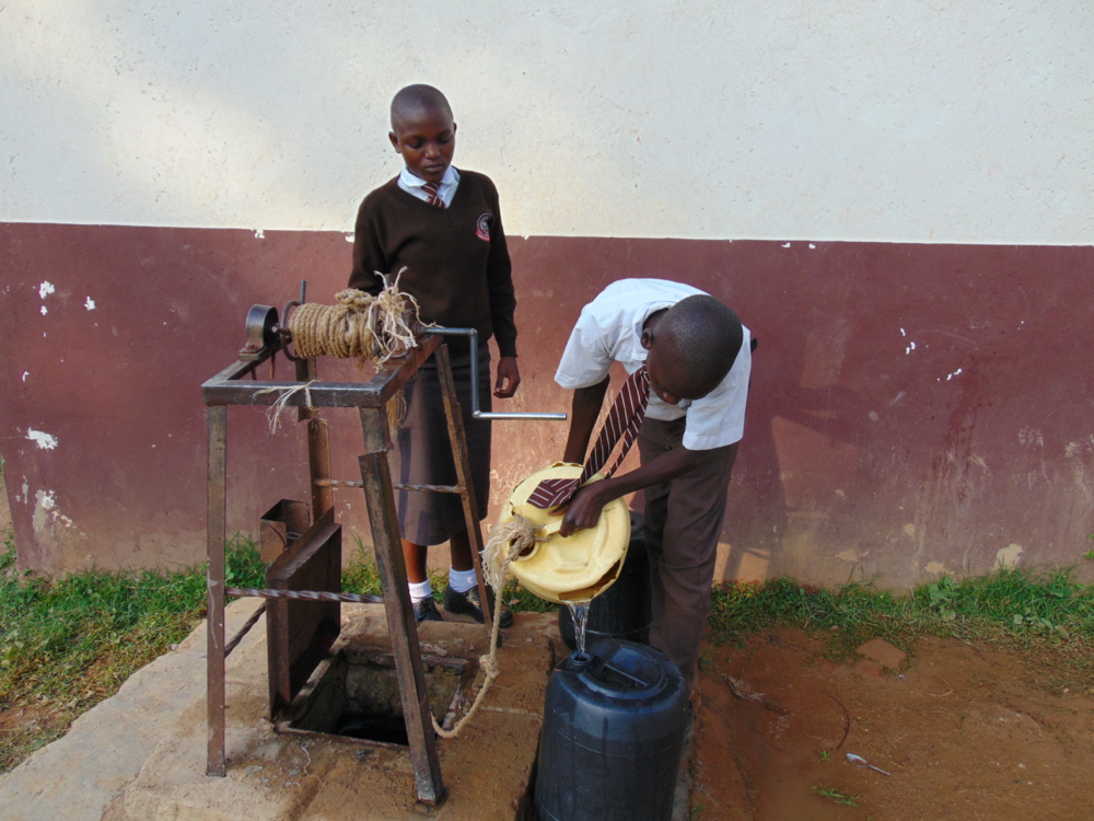 The Water Project : kenya20157-students-fetching-water-3