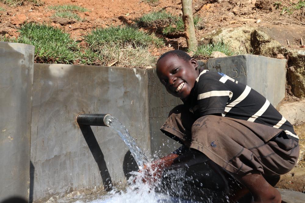 The Water Project : kenya20163-enjoying-water-6