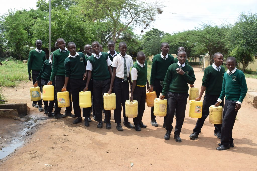 The Water Project : kenya20364-students-fetching-water