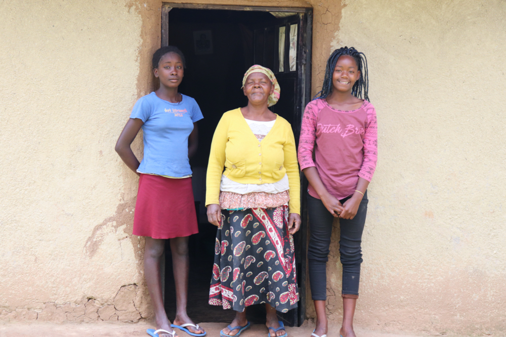 The Water Project : covid19-kenya4725-with-her-grandchildren
