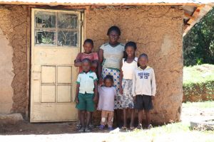 The Water Project:  Doris With Her Kids