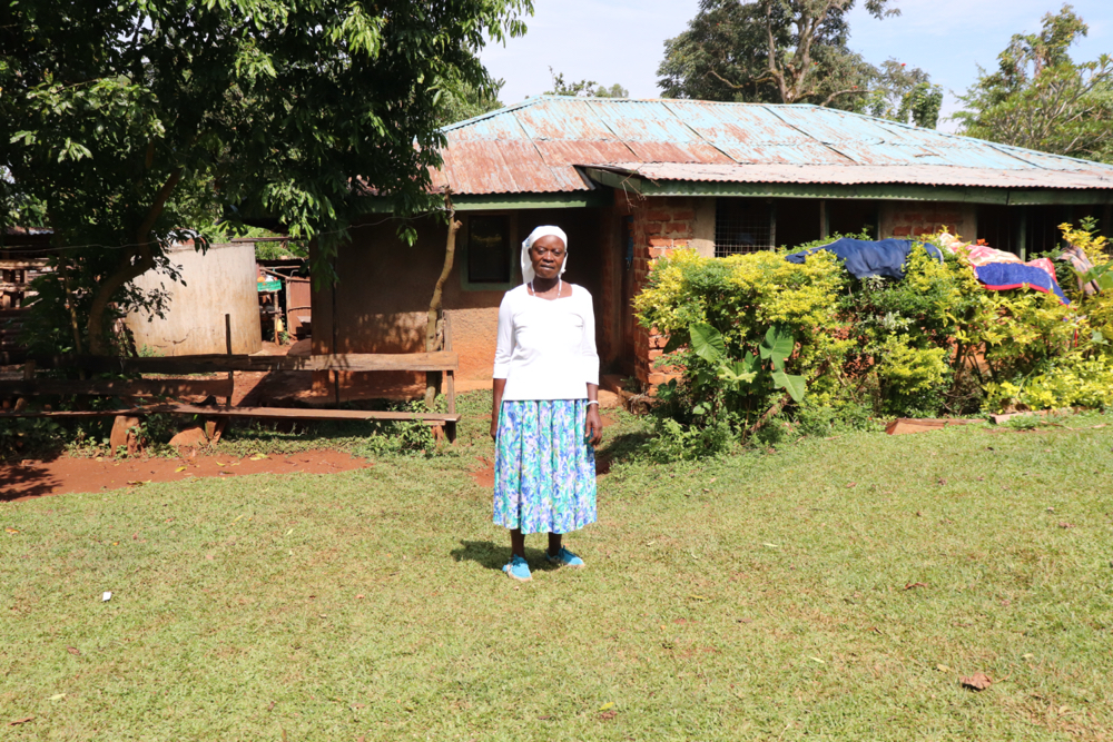 The Water Project : covid19-kenya18090-margaret-outside-her-house