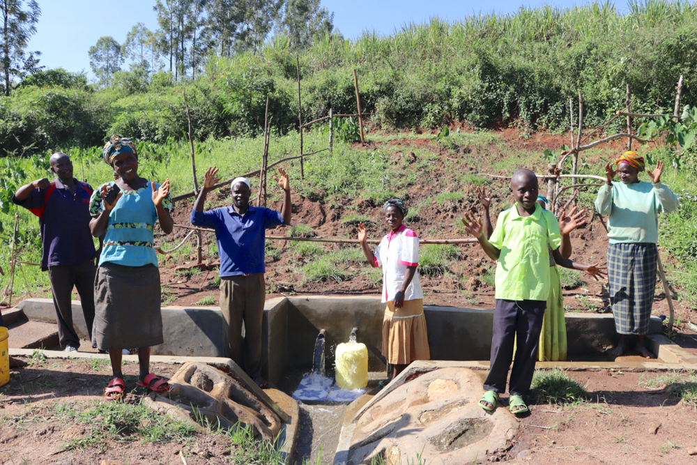 The Water Project : kenya20165-happy-community-2