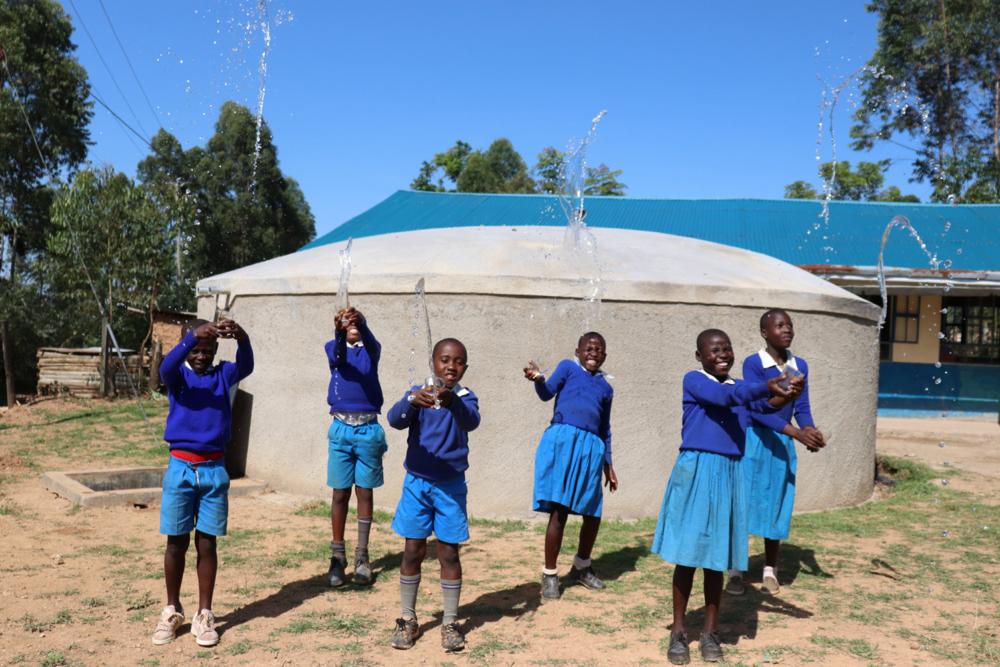 The Water Project : kenya20140-making-a-splash-9