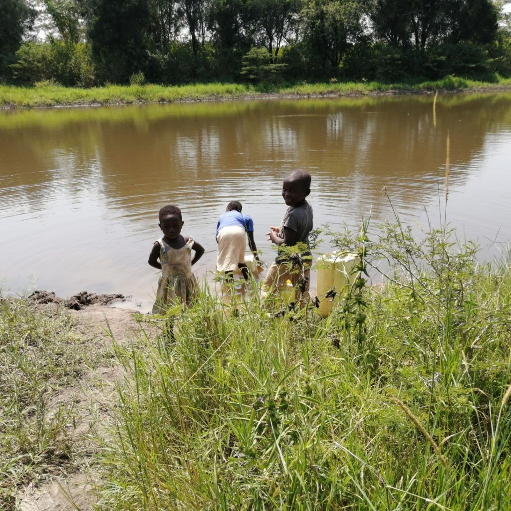 The Water Project : uganda21603-children-fetch-water