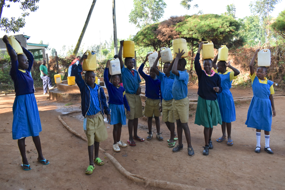 The Water Project : 5-kenya21201-pupils-carrying-water-1