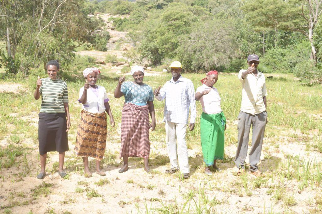 The Water Project : kenya21436-21437-community-members