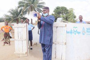 The Water Project:  B S Kanu Supervisor Of Schools In Kamasondo And Lokomasama Chiefdom