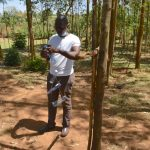 The Water Project: Indulusia Community, Osanya Spring -  Trainer Sam Shows How To Build A Kitchen Garden