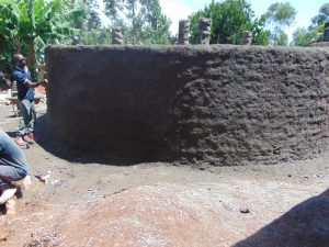 The Water Project:  Plastering Outside Of The Tank