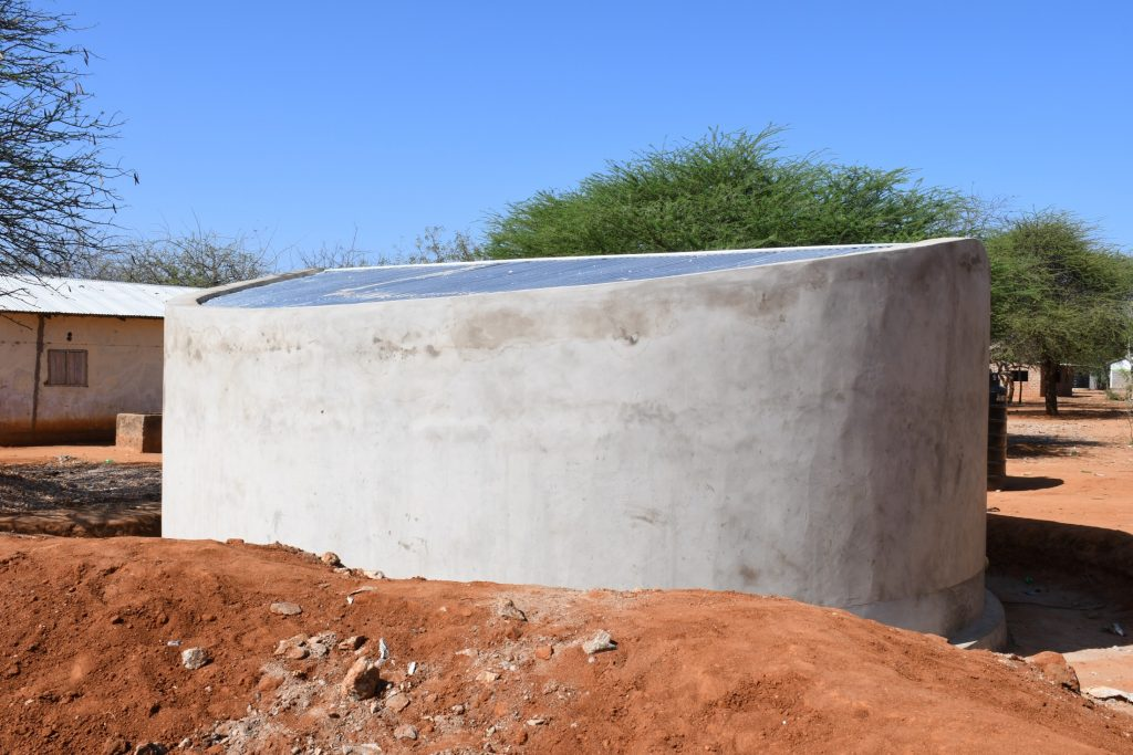 The Water Project : kenya21456-complete-tank-2