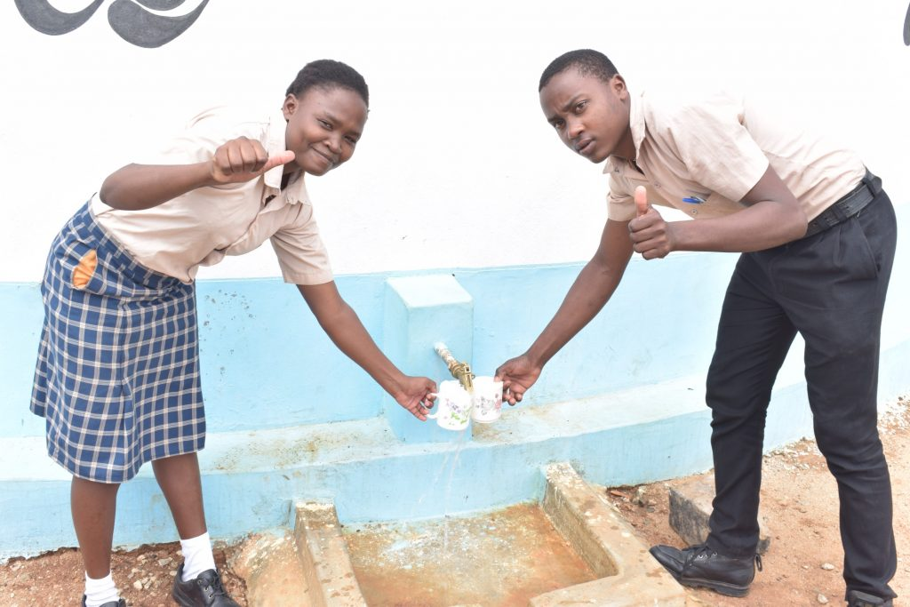 The Water Project : kenya20355-thumbs-up