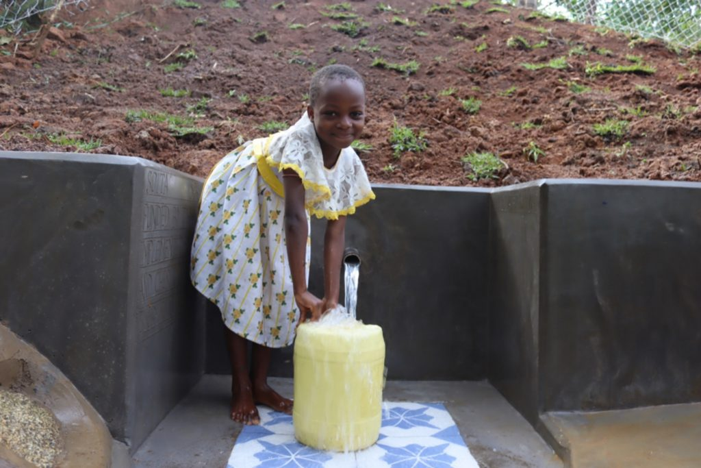The Water Project : kenya21045-collecting-water-2