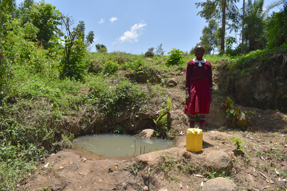 The Water Project : kenya21241-beatrice-at-the-unprotected-spring-2-2