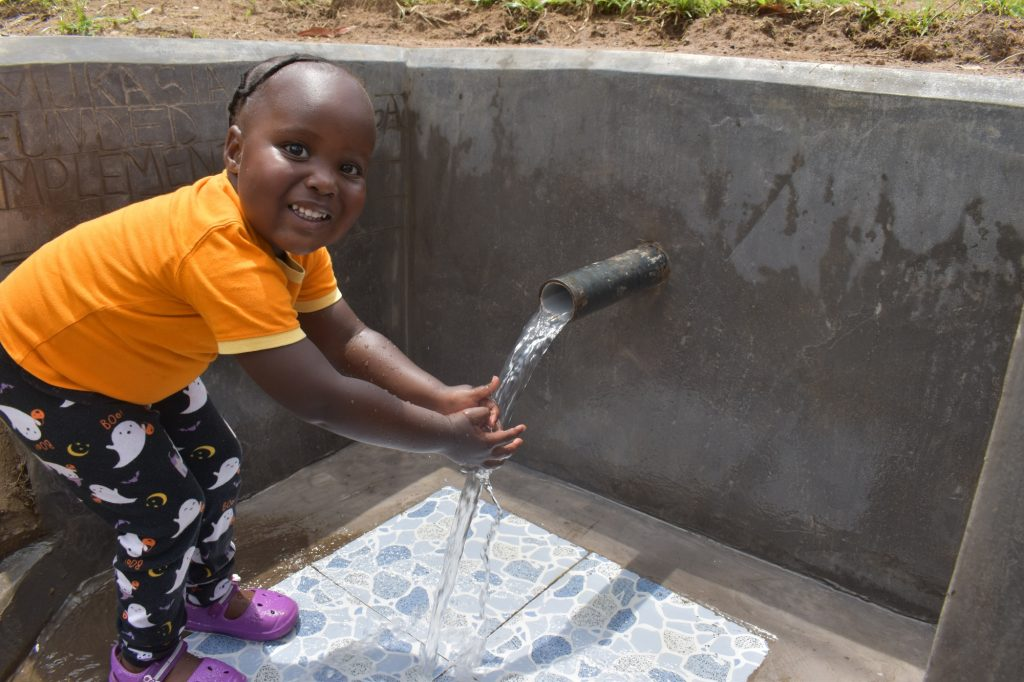 The Water Project : kenya21011-0-big-smile